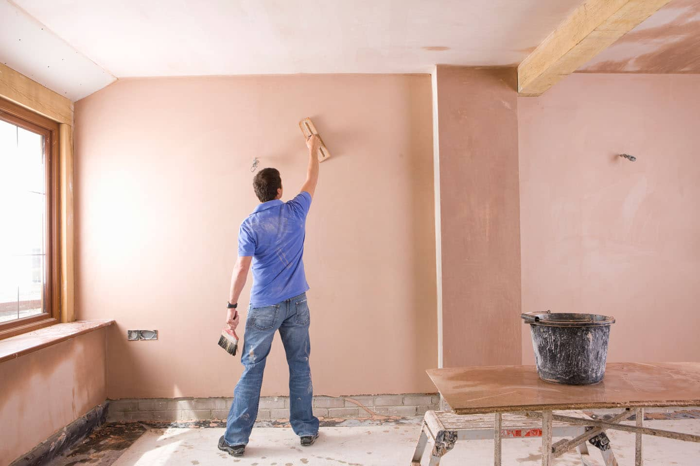 plastering costs: what to expect when plastering, re-plastering or