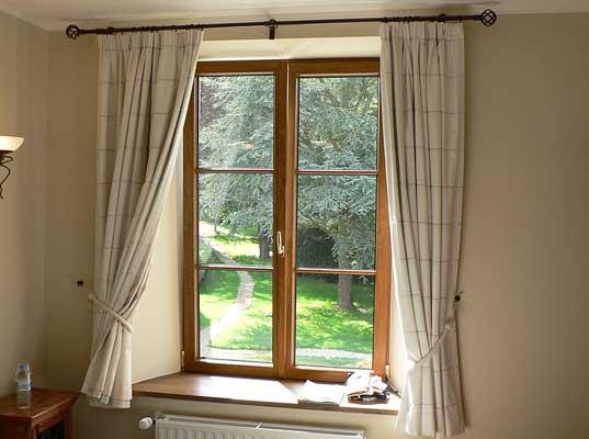 window glass cost