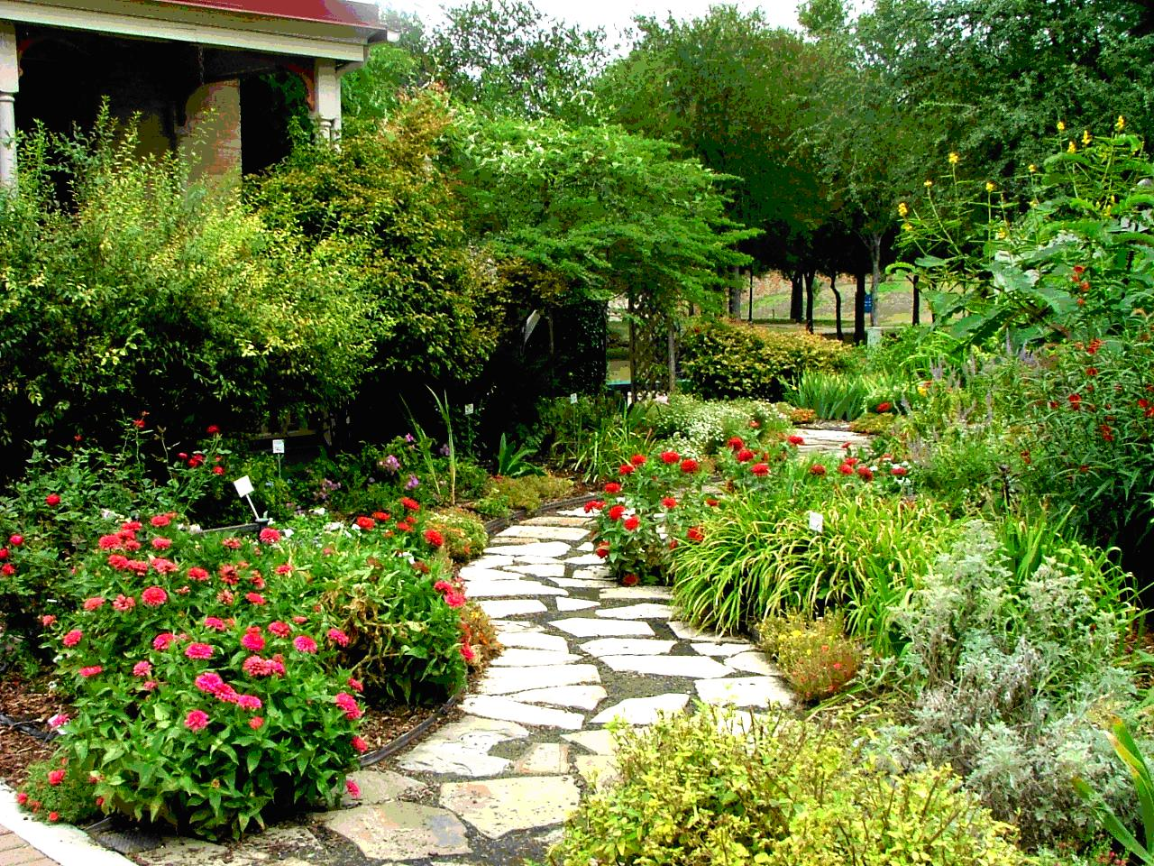 Gardering landscaping design ideas for Local landscape designers