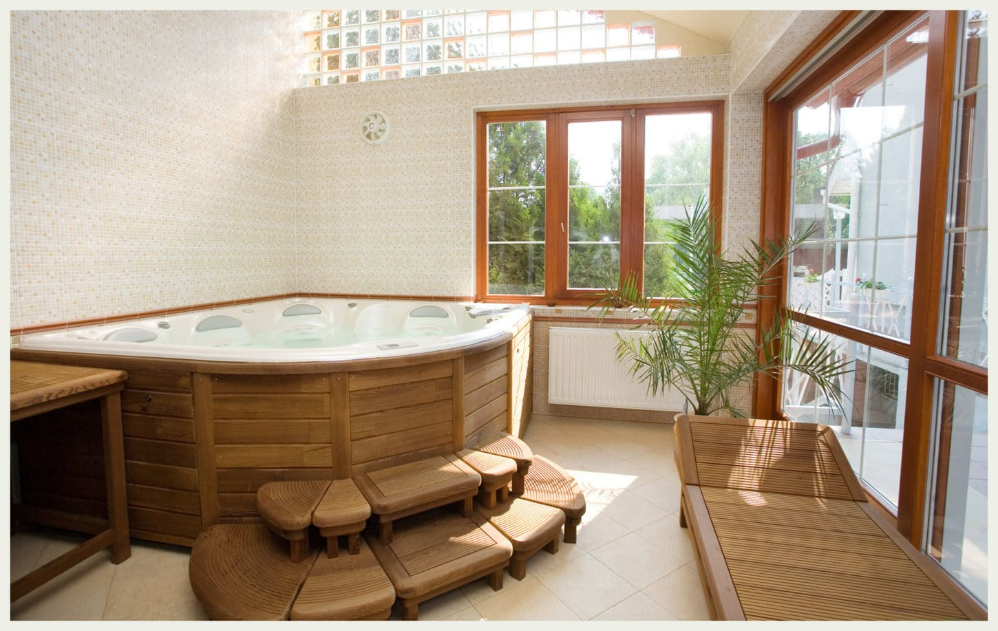 asian-wood-bathroom-design