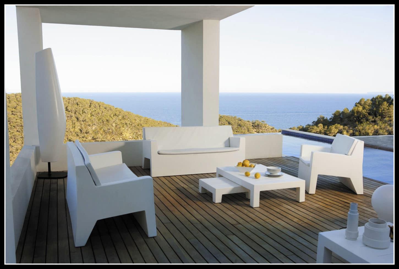 greek-decor-outdoor-furniture