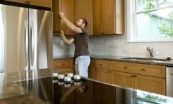kitchen-fitter