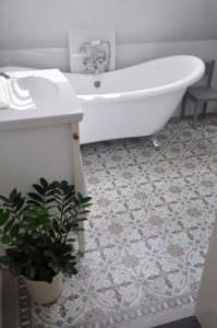 bathroom flooring installation