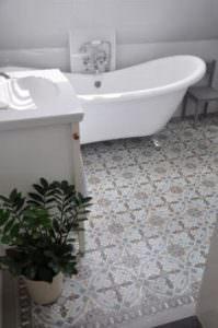 bathroom flooring installation