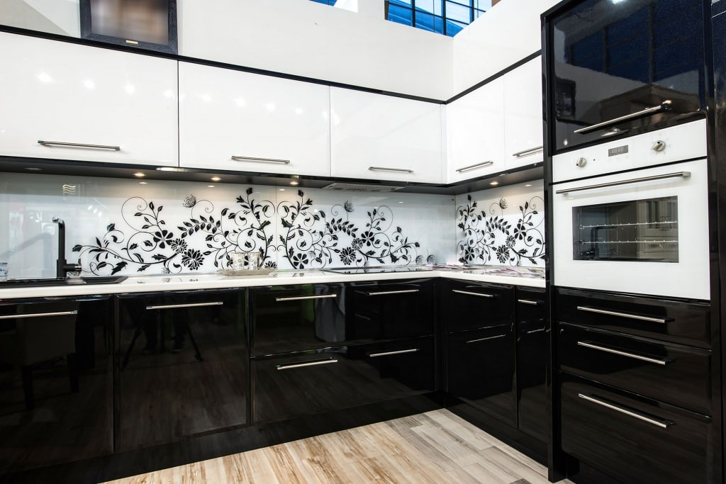 black kitchen cabinets and awesome splashbacks