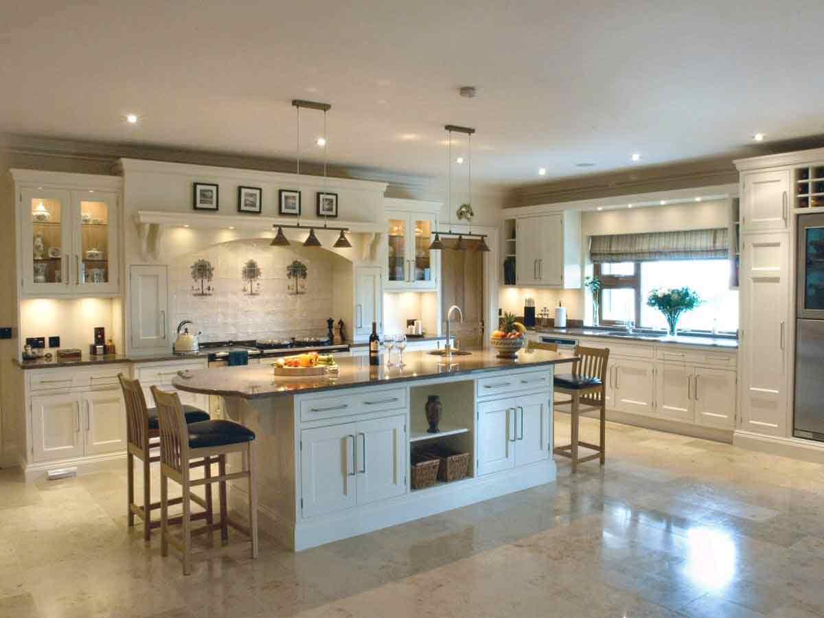 classy traditional cream kitchen