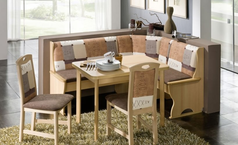 kitchen bench seating idea to accommodate more people in less space