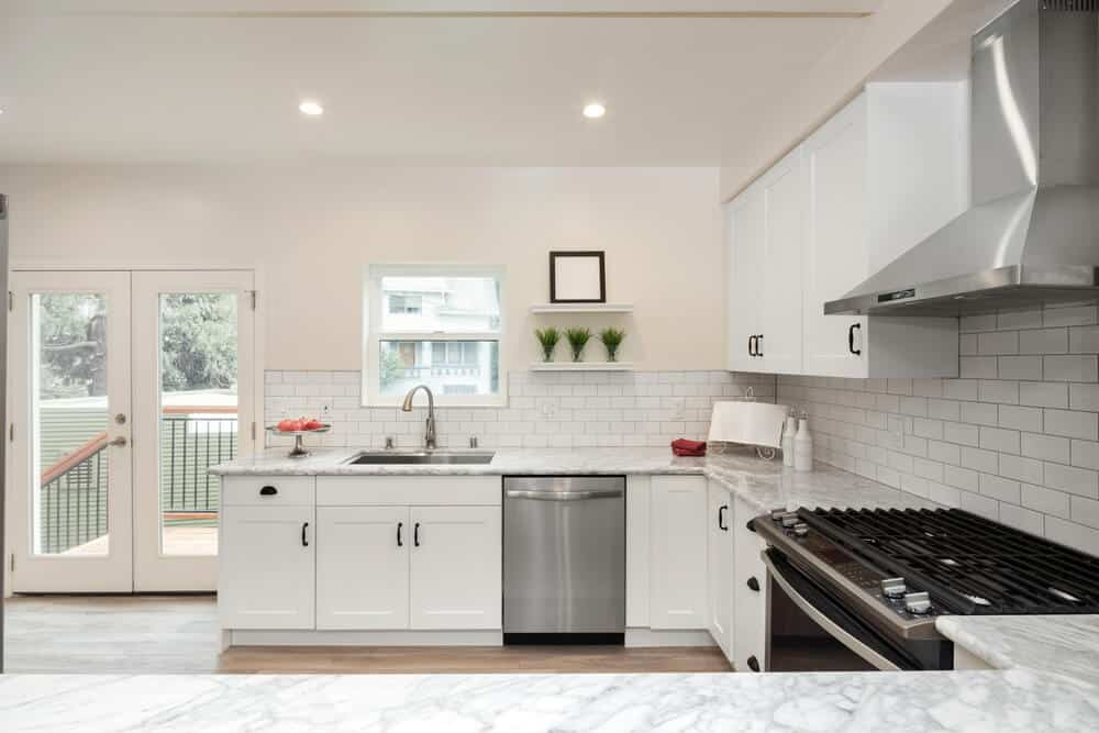 classic white kitchen wall tiles