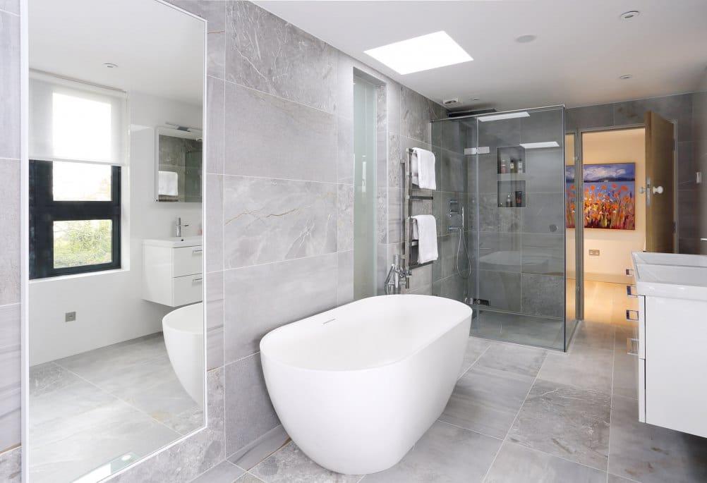 Luxury loft en suite bathroom