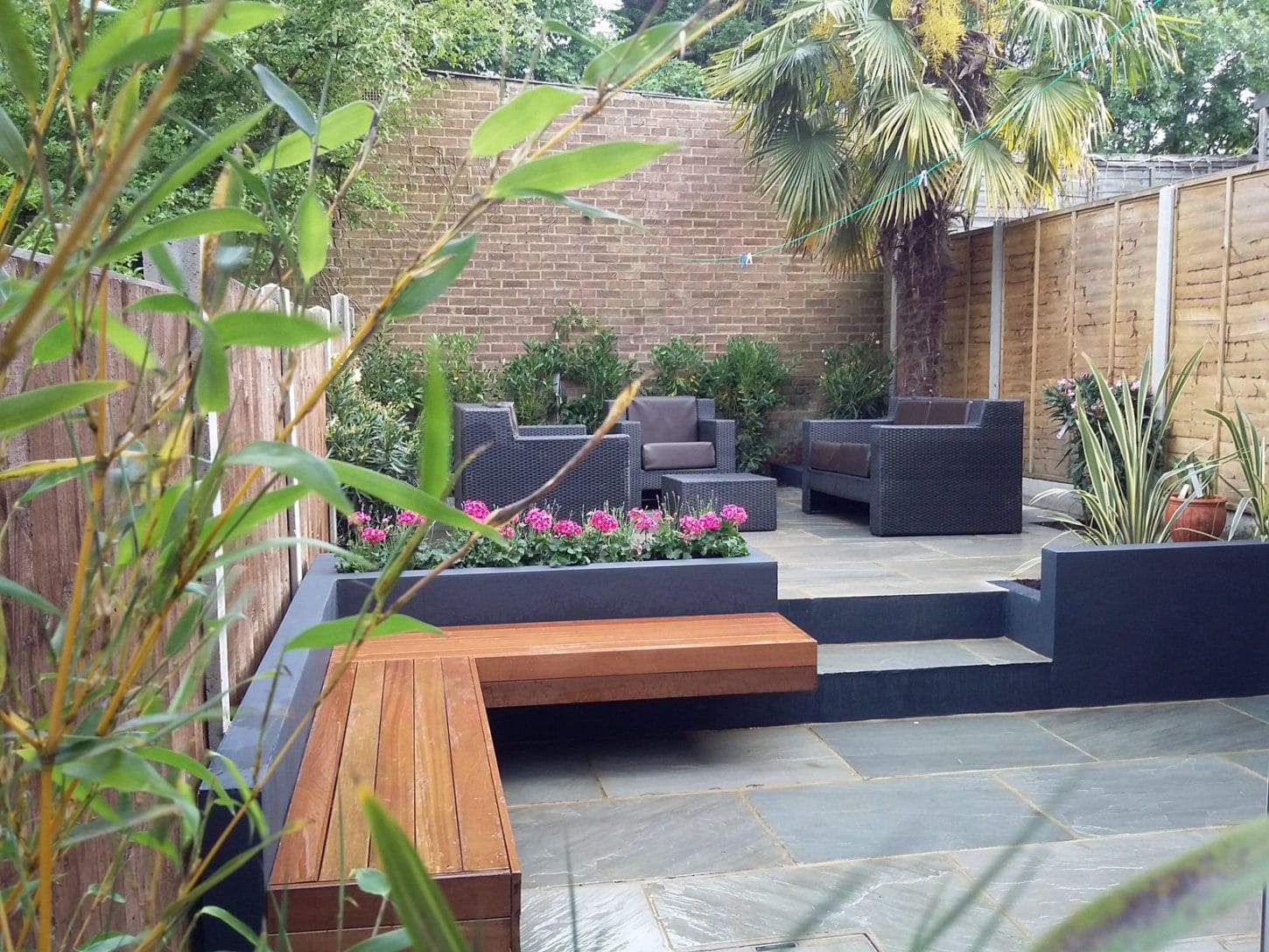 Contemporary patio design ideas photos for Paving garden designs