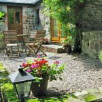 Yapham Coastal Cottages Shipload Cottage Patio