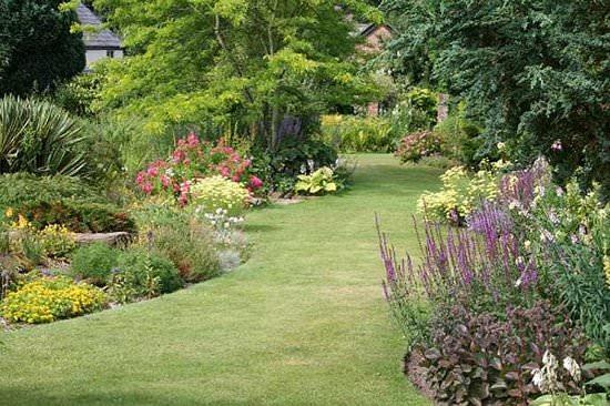 country gardens. Country Garden Gardens