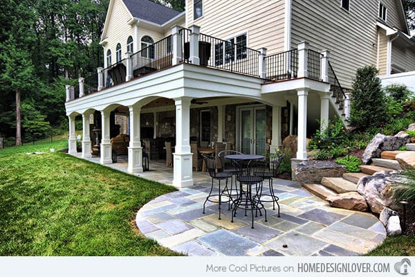 Metal Outdoor Furnitures. A traditional home deserves a traditional patio!