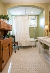 Vintage Bathroom Furniture