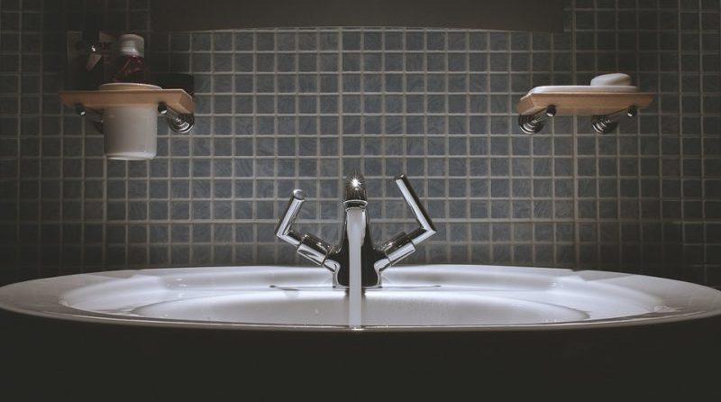 bathroom-water-saving-tips