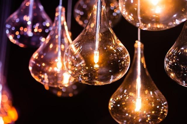 light-681540_640-1