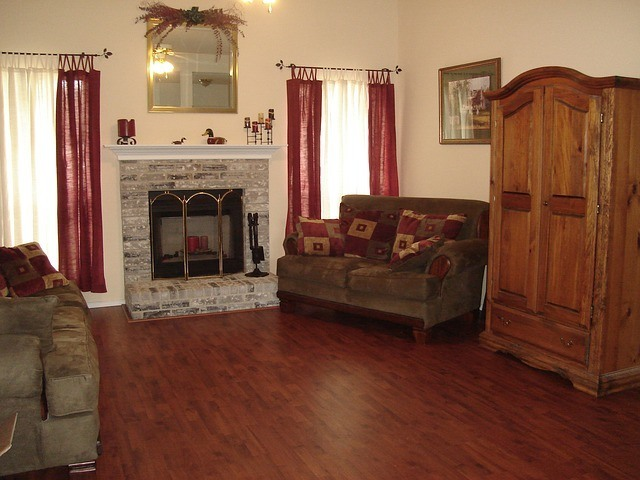 living-room-1048191_640-1