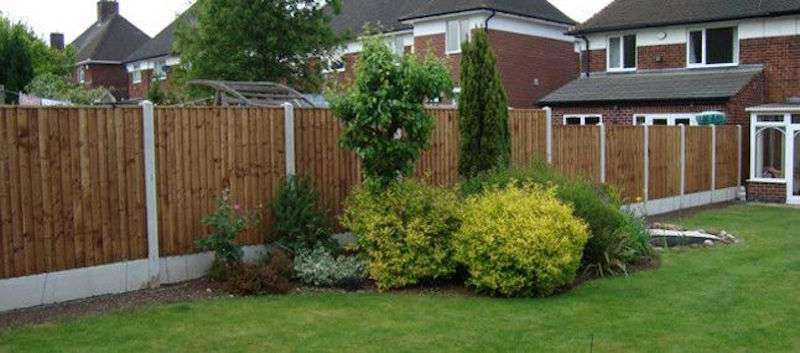 Types Of Front Garden Fencing: Different Types And Materials